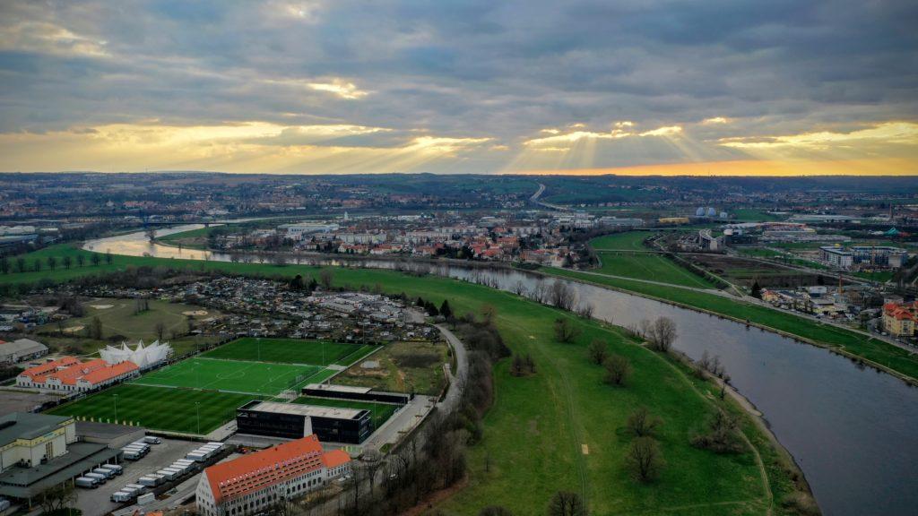Elbe mit der Drohne
